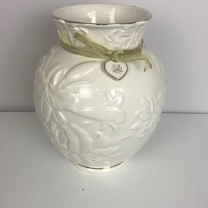 """Lenox """"love and lilies"""" Mother's Day vase"""